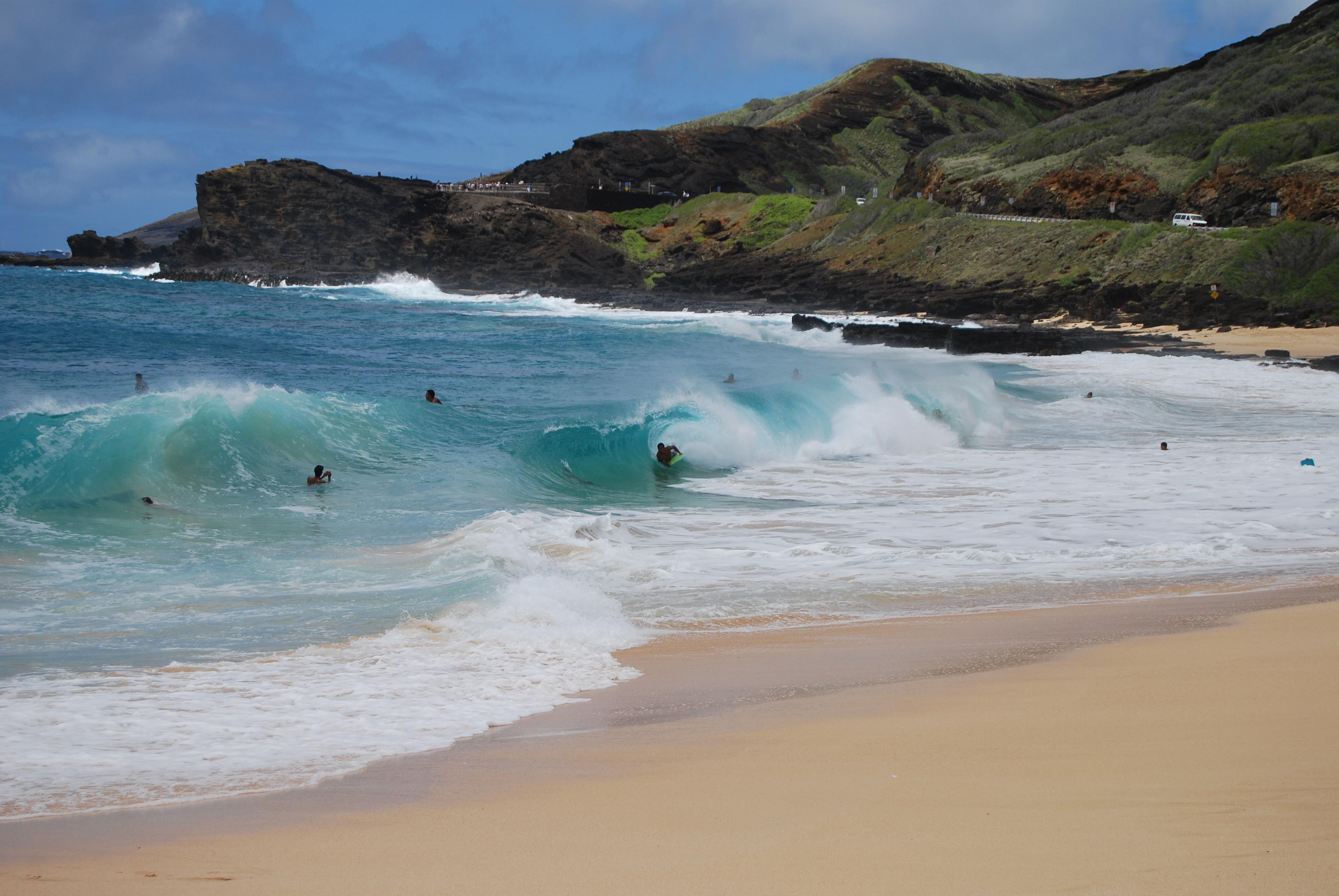 """Oahu South Shore<br/>Photo <a href=""""//creativecommons.org/licences/by/3.0/"""" class=""""cc-small"""" target=""""_blank""""><img typeof=""""foaf:Image"""" class=""""image-style-none"""" src=""""https://i.creativecommons.org/l/by/3.0/80x15.png"""" width=""""80px"""" height=""""15px"""" alt=""""Creative Commons Licence"""" /></a> <a href=""""http://www.flickr.com/photos/mattcsims/3928293951/"""">MattSims</a>"""